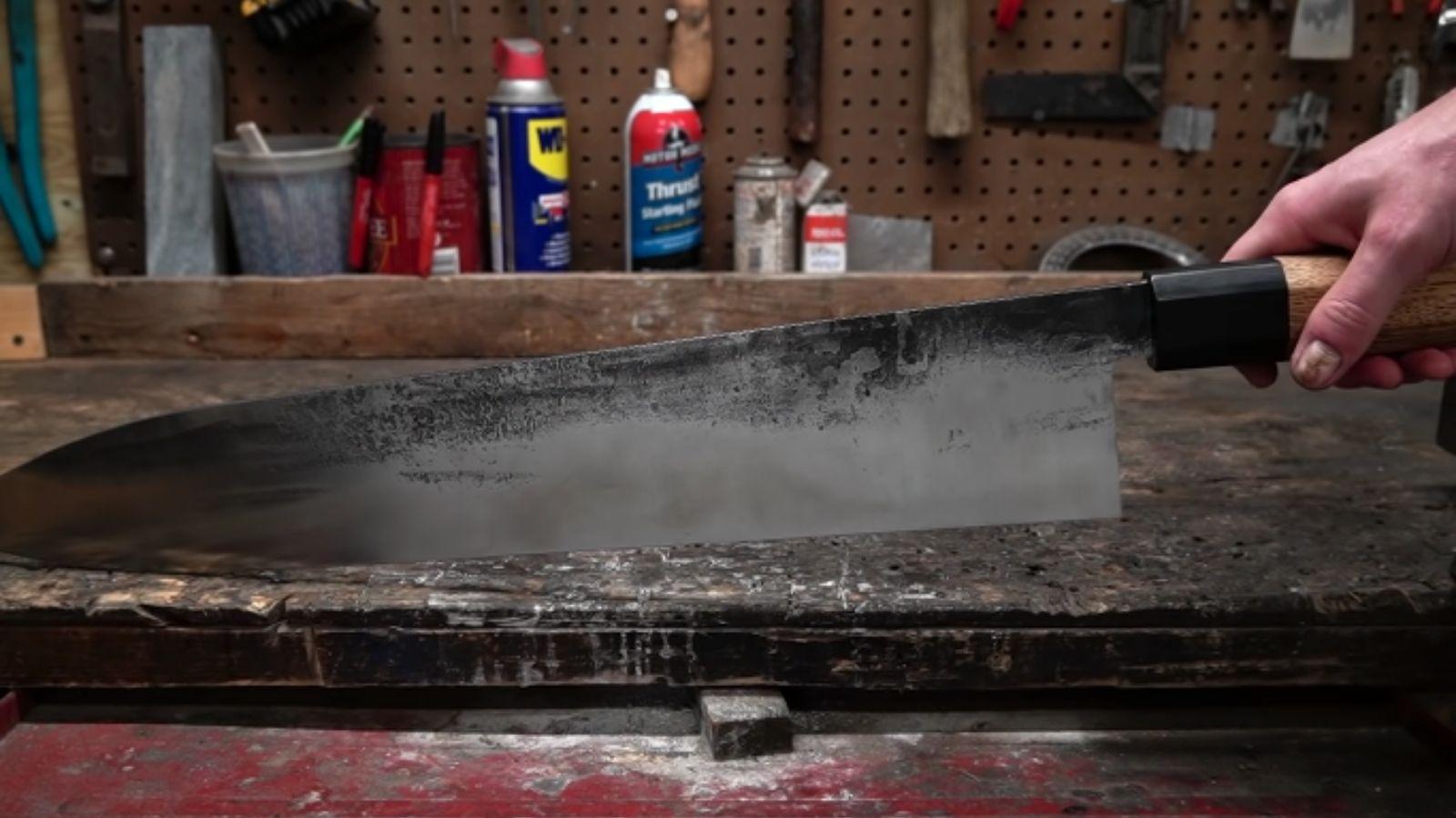 أكبر سكين في العالم